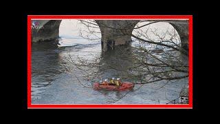 Đi tìm chiếc xe bị mất, mẹ đau đớn phát hiện con 3 tuổi và xe chìm nghỉm dưới sông - Quỳnh Kool