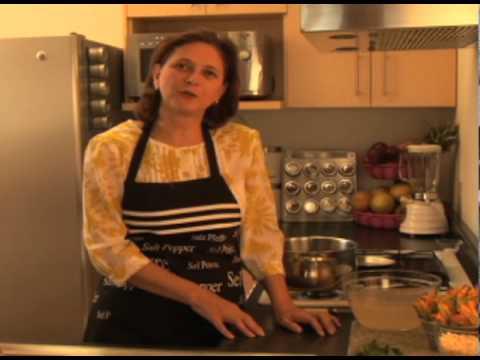 Sopa de flor de calabaza con elote - Flor de Calabaza Soup with Corn