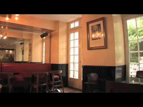 Hôtel Amour - Les 50 Restaurants qui font Paris / Voir et être vu
