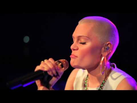 Jessie J - Wild (acoustic) video
