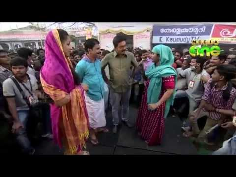 M80 Moosa & Family At Kalolsavam 2015 video