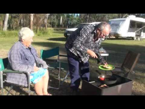 Caravanning: Breakfast by Lake Broadwater Qld Australia