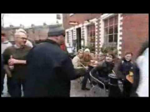 Black Francis busking in Ashton Lane, Glasgow - Culture Show