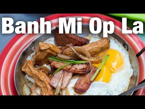Vietnamese Food - The BEST Breakfast I Ate in Saigon (Bánh Mì Hòa Mã)
