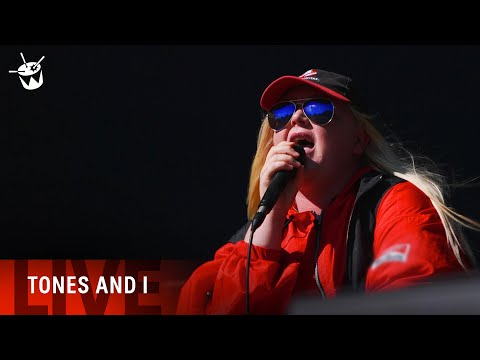 TONES AND I - 39Dance Monkey39 LIVE Splendour In The Grass 2019