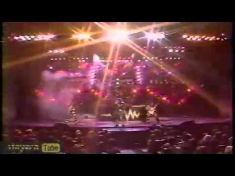 Stryper-Makes Me Wanna Sing Dove Awards 1986 (original live...