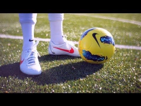 HOW TO SHOOT WITH YOUR WEAK FOOT | TUTORIAL | freekickerz