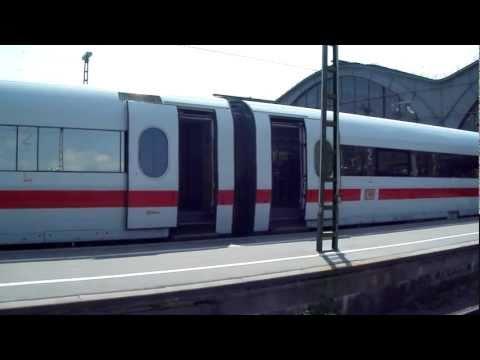 ICE 791 werden die Türen geschlossen.Aufgenommen am 14.05.2011 in Leipzig.