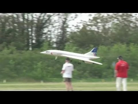 Giant RC Concorde 1:14 Scale - RC Jet Turbine Power
