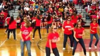 Westwood Jr./ Sr. High School Teachers' Gangnam Style Flash Mob
