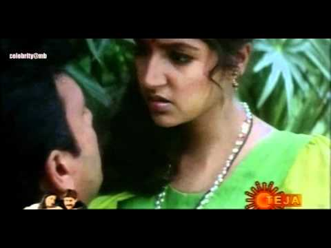 Boom Boom Hot Dhamaka Videos From Indian Movies-37 video