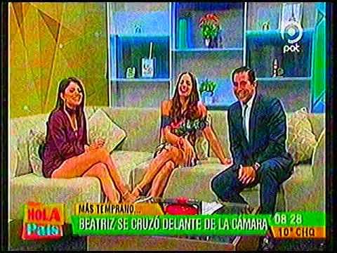 Laura Lafaye hermosas piernas y Beatriz Baldiviezo se cruza en la pantalla