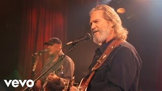 Watch Jeff Bridges Everything But Love video