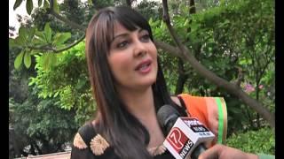 MINISHA LAMBA Tik Tak on Punjabi Movie double di trouble