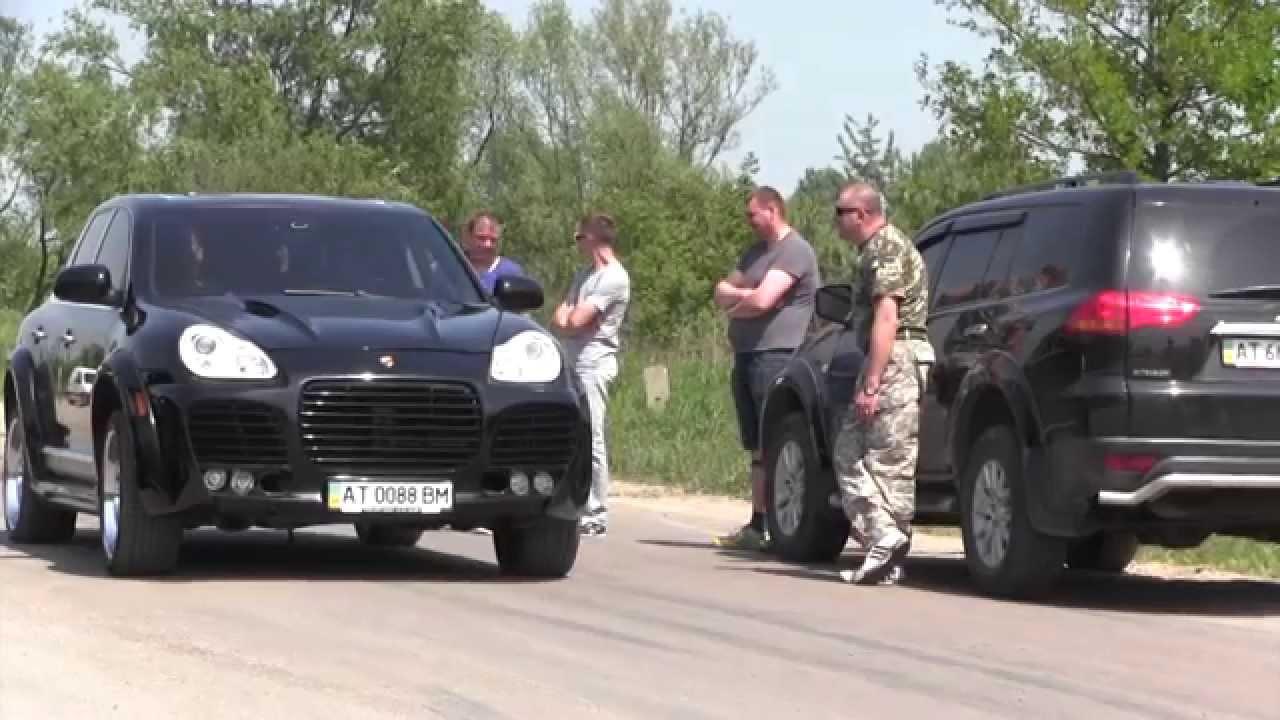 Воїни АТО їздили у Калуші на Subaru і Porsche Cayenne