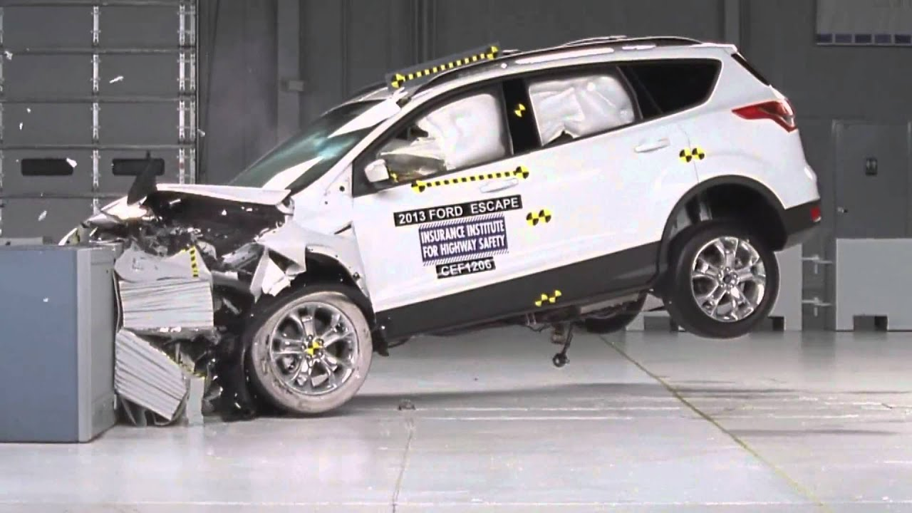 crash test 2013 ford escape kuga frontal offset iihs youtube. Black Bedroom Furniture Sets. Home Design Ideas