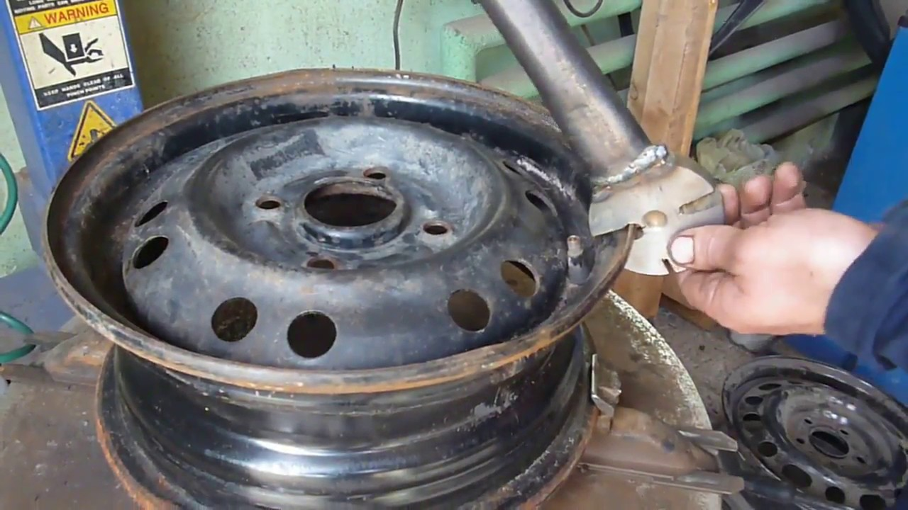 Как выпрямить диск колеса своими руками 90