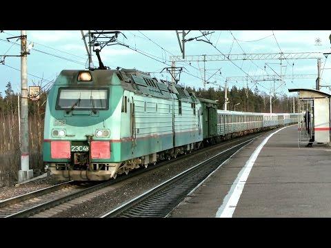 Электровоз 2ЭС4к-008 с вагонами метро / Elloc 2ES4K-008 with metro wagons