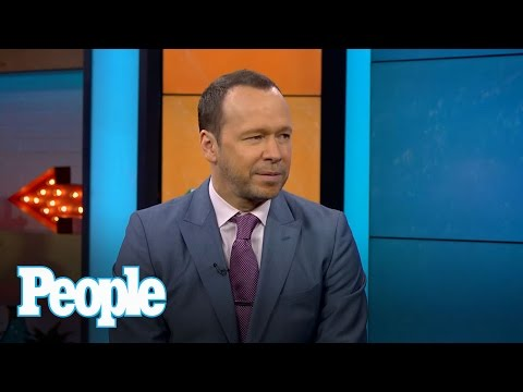 How did Donnie Wahlberg and Jenny McCarthy lose their wedding bands?