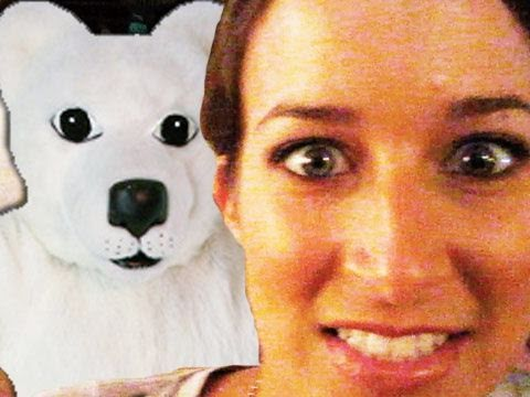 GIRL ATTACKED BY POLAR BEAR! OMGZER! (9.10.10 - Day 498)