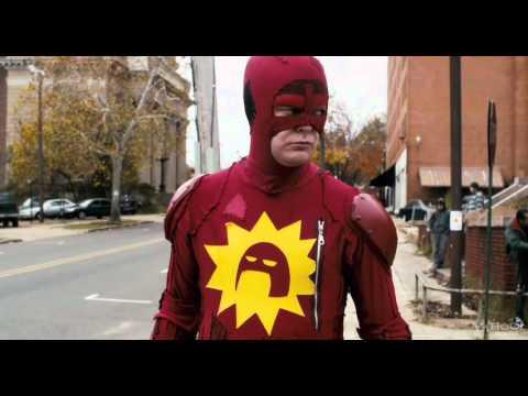 Trailer de Super, una película estilo Kick-Ass