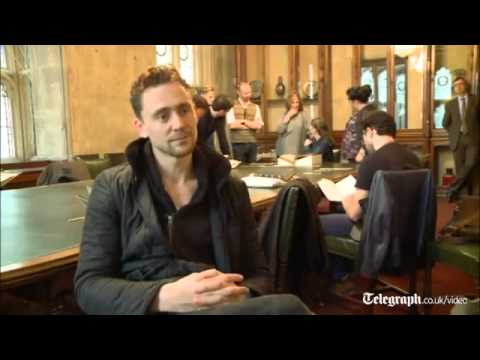 Tom Hiddleston reads from Shakespeare's 'thrilling' first folio