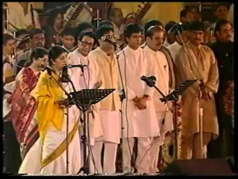 Lata Mangeshkar - Aye Mere Watan Ke Logo