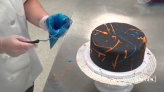 DecoTips – How-To Decorate a Fluorescent Glow Round Stacked Cake