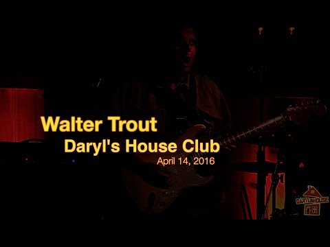 Walter Trout - Live 4.14.17 at Daryl's House Club