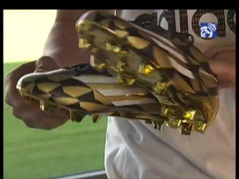 James Rodríguez recibió la bota de oro como goleador del Mundial [Noticias] - TeleMedellin