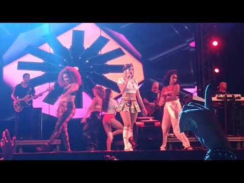 Anitta - Sim ou não  Siriguella em Fortaleza