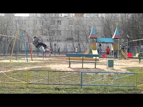 Тихий, московский дворик