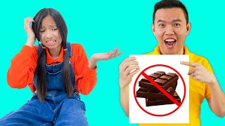 Wendy Pretend Play with Edible Chocolate Lipstick Makeup Toys