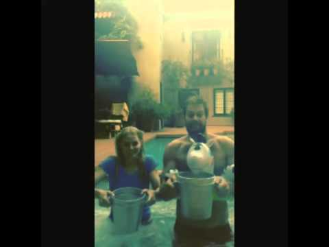 Jennifer Morrison doing the ice bucket challenge