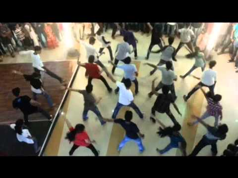 flash mob by calicut medical college at focus mall calicut