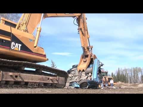 Destroying Car with Excavator