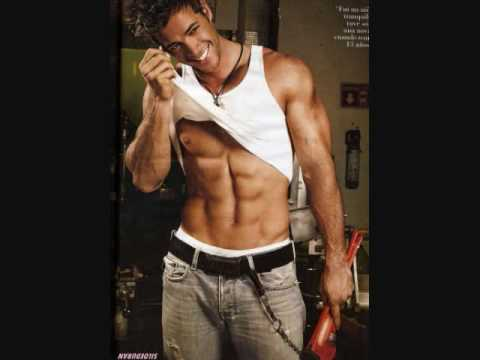 WILLIAM LEVY 2010-WOW! HOT UNDERWEAR - SEXY PICS- PAPI CHULO - PERFECT BODY Video
