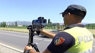 Report TV - Shkodër, aksion i policisë rrugore dhjetra gjoba dhe mjete të bllokuara