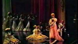 Beverly Sills - 1977- Vilja - The Merry Widow