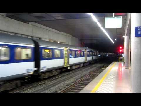 Auckland MAXX suburban train
