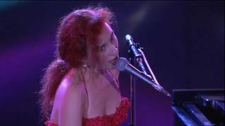 Клип Tori Amos - Smells Like Teen Spirit (live)