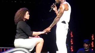 Usher OMG Tour Glendale AZ 11 19 2010 Trading Places w Jordin Sparks