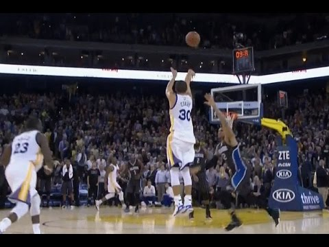 Stephen Curry hits game-winning three-pointer: Orlando Magic at Golden State Warriors