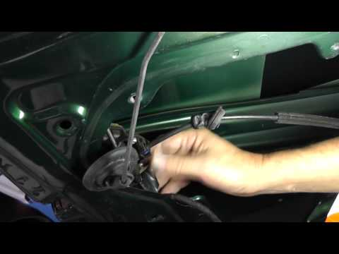 Volkswagen Jetta Removing Driver Door Lock Module - Part 1