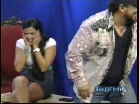 Mariana Echeverria sin calzones.mp4