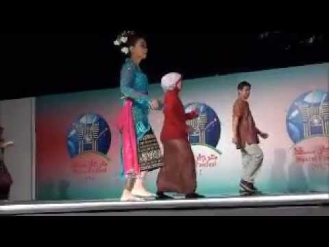 Tarian Poco-poco; Indonesian Dance (kbri-oman, 2012) video