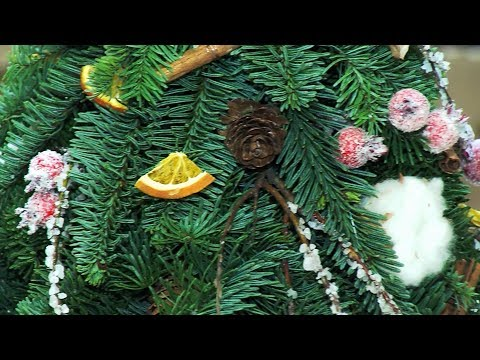 Мастер-класс по изготовлению декоративной новогодней ёлочки.