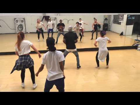 Taller dancehall con el fa paula Bedoya