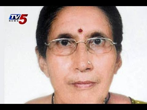 Jashodaben,Narendra Modi wife, prays for him to become PM