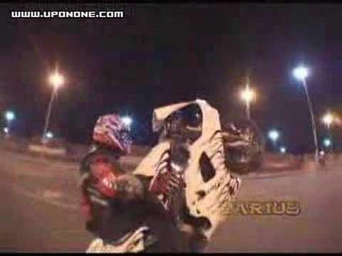 Gangsters stuntin on street bikes ! !!